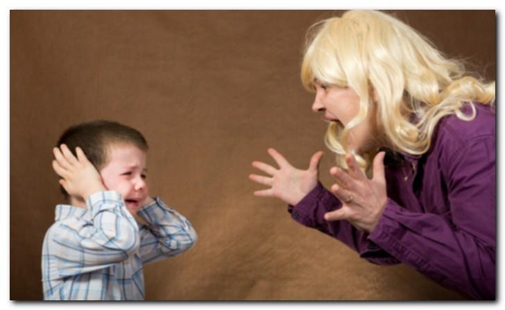 Крики на детей мешают их интеллектуальному развитию
